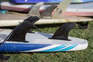 Trois ailerons de surf