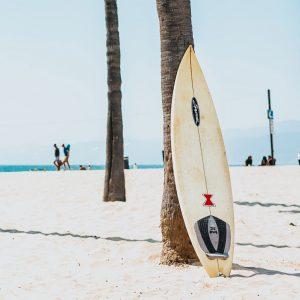 DIY : Comment fabriquer sois-même une planche de surf ?