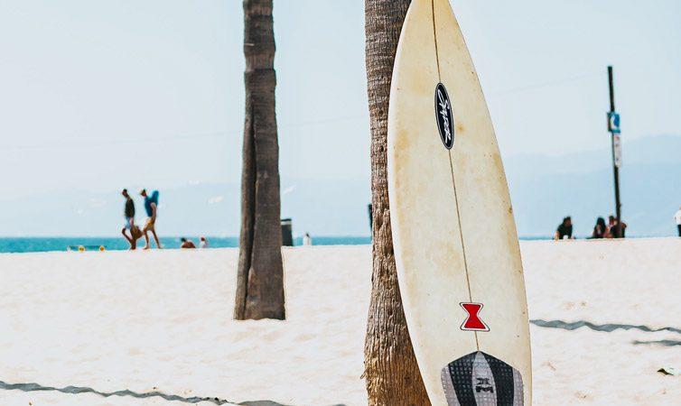 DIY : Comment fabriquer soi-même une planche de surf ?