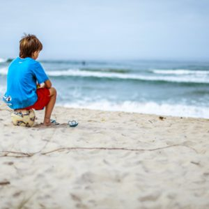 Comment faire pratiquer le surf à ses enfants ?